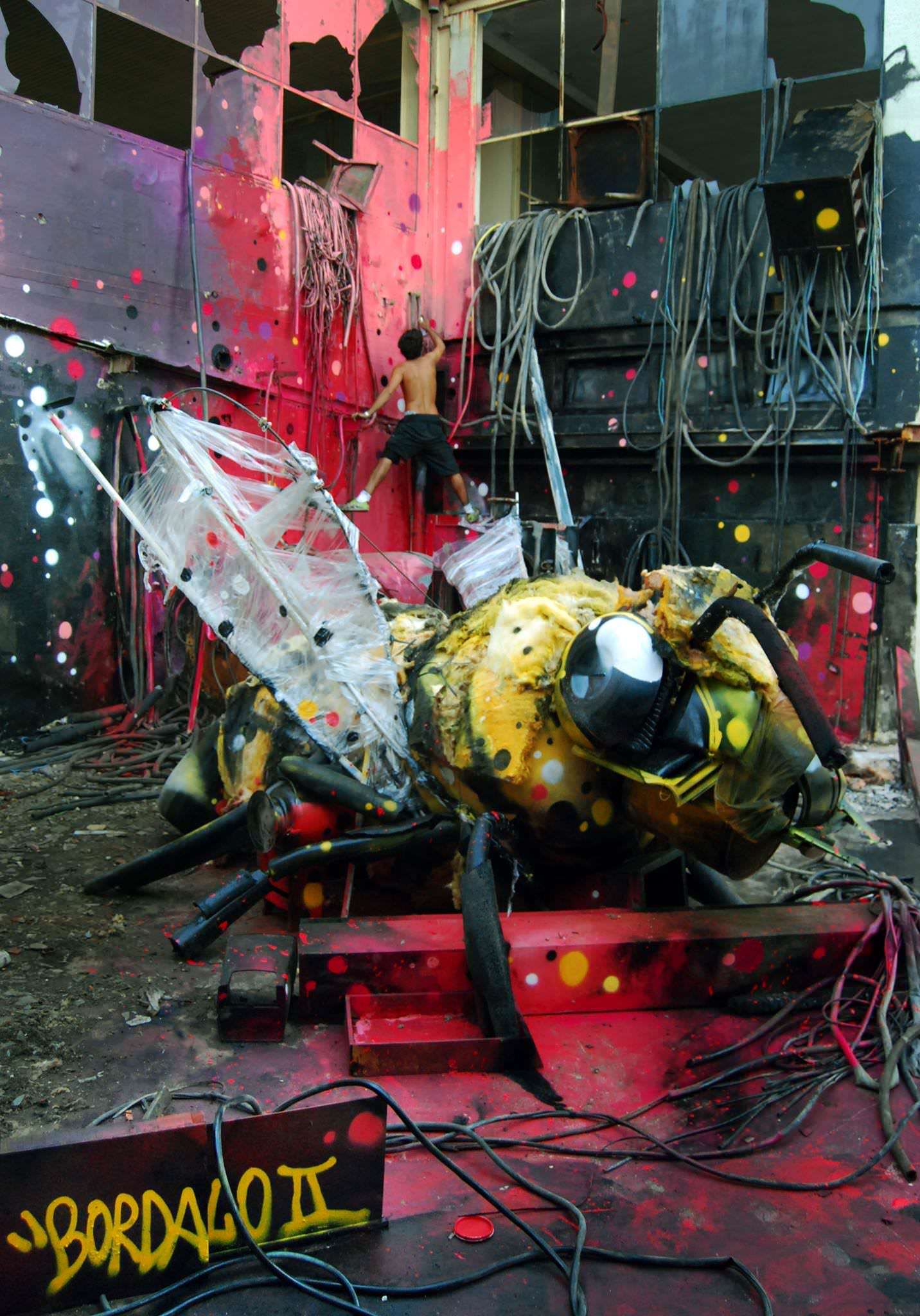 You Won T Believe Your Eyes When You See Bordalo Ii S